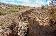 En Fresnillo se formaron grandes grietas