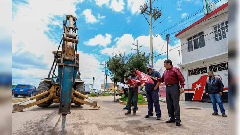 Saúl Monreal da arranque a la obra de rehabilitación en la lateral del boulevard Jesús Varela Rico