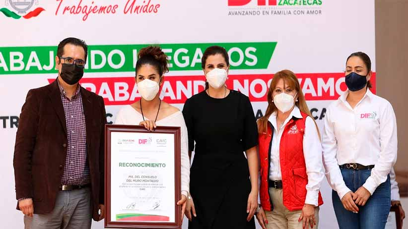 Entrega DIF Zacatecas becas a educadoras y educadores de los 94 centros de asistencia infantil comunitario