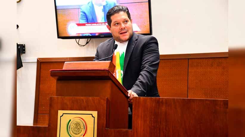 Presenta diputado Xerardo Ramírez iniciativa de reforma al Código Familiar del Estado de Zacatecas en materia de matrimonio igualitario