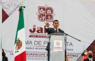 Rinde protesta como nuevo Alcalde de Jalpa Noe Guadalupe Esparza Martínez