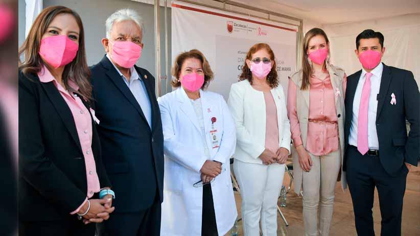 Entrega Julio Cesar Chávez,  equipo médico a la UNEME DEDICAM