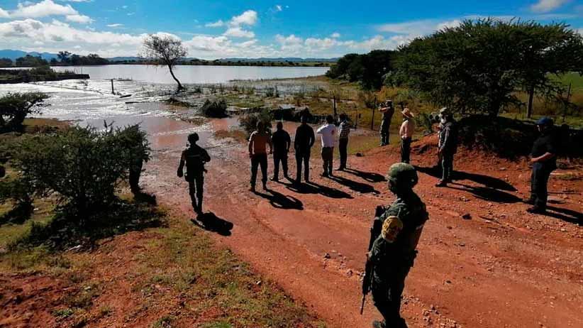Coordina David Monreal atención oportuna de Mesa de Construcción de Paz y Seguridad en afectaciones por lluvia en Jerez y Fresnillo
