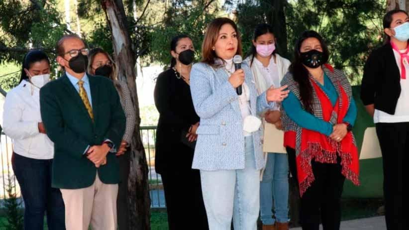 Llama Presidenta Honorífica del DIF estatal a prevenir el cáncer de mama